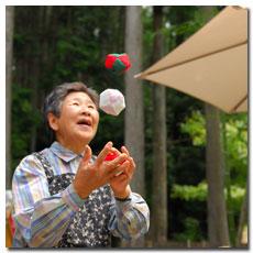 sangen-jaya-juggler.jpg