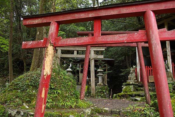 熊野古道中辺路 船玉神社