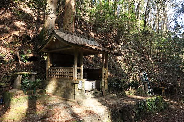 熊野古道中辺路 蛇形地蔵